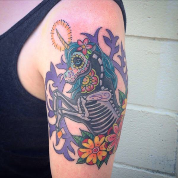 26280116-unicorn-tattoo-designs