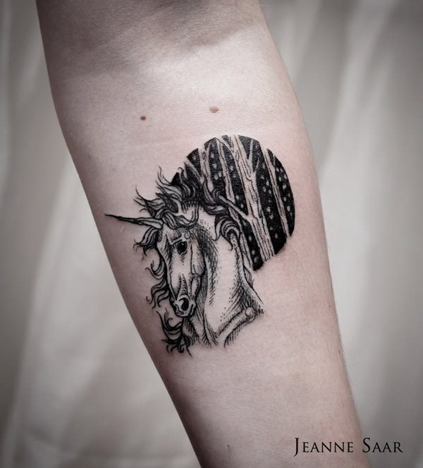 52280116-unicorn-tattoo-designs