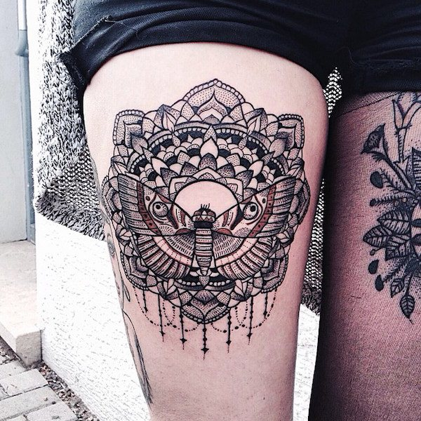 thigh-tattoos101215230522