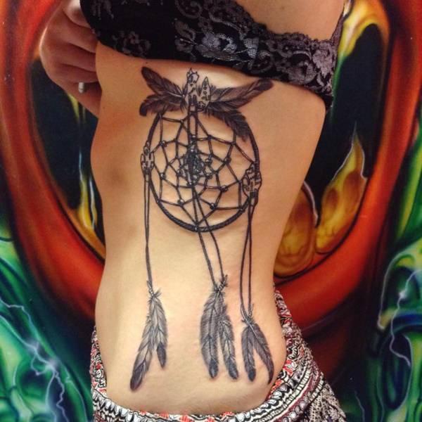 16241115-rib-tattoos