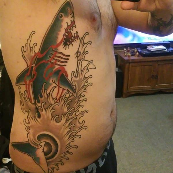 38241115-rib-tattoos
